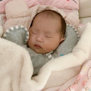 スワドルアップ,Mサイズ,夜泣き,新生児,寝かしつけ,5キロ,3キロ,4キロ,冬,Amazon,楽天